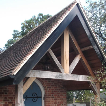 Oak trusses and roofing